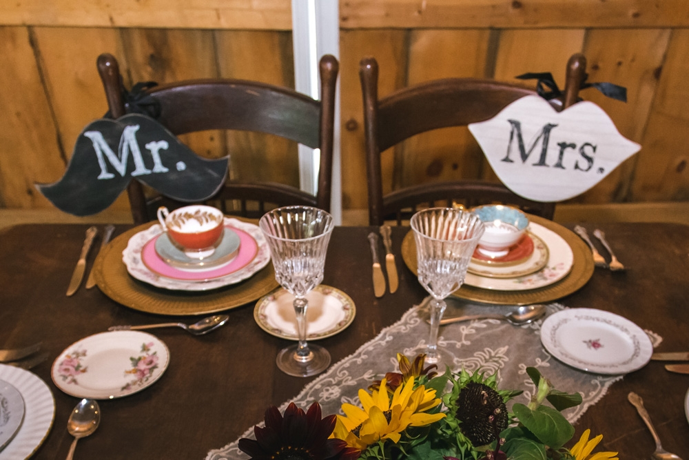 Sweetheart Table by Vintage Alley