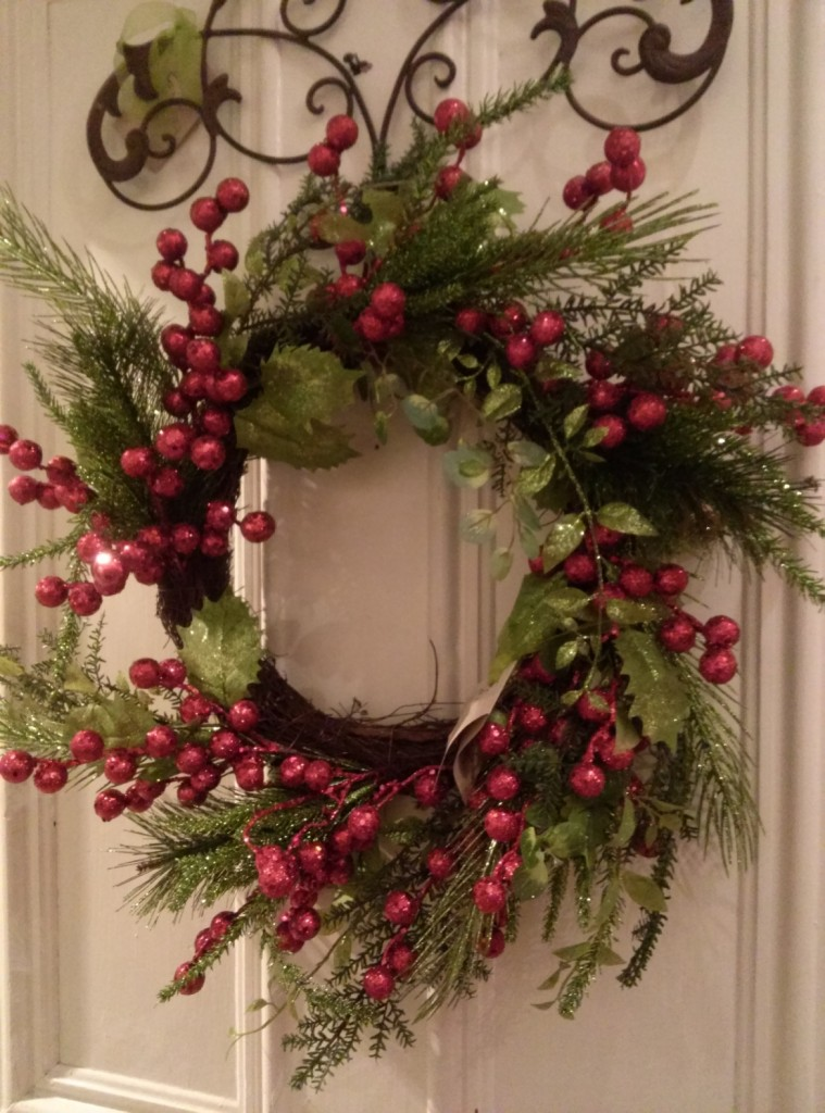 Cuttings 2015 Holiday Red Wreath