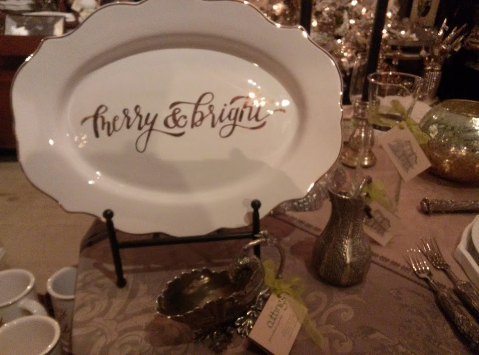 Cuttings 2015 Merry and Bright Platter