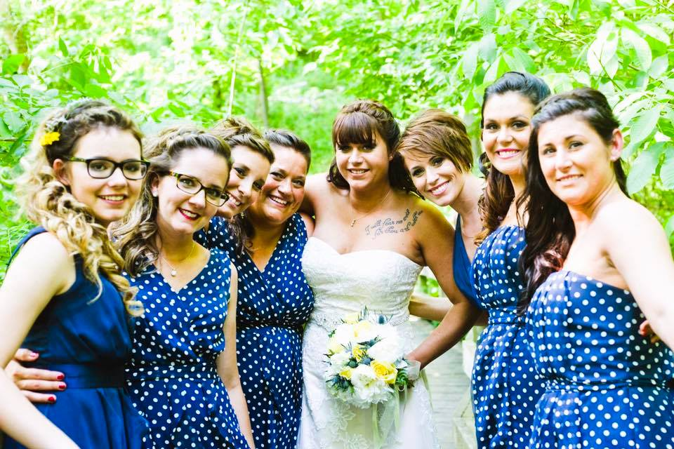 Tara and Her Bridesmaids